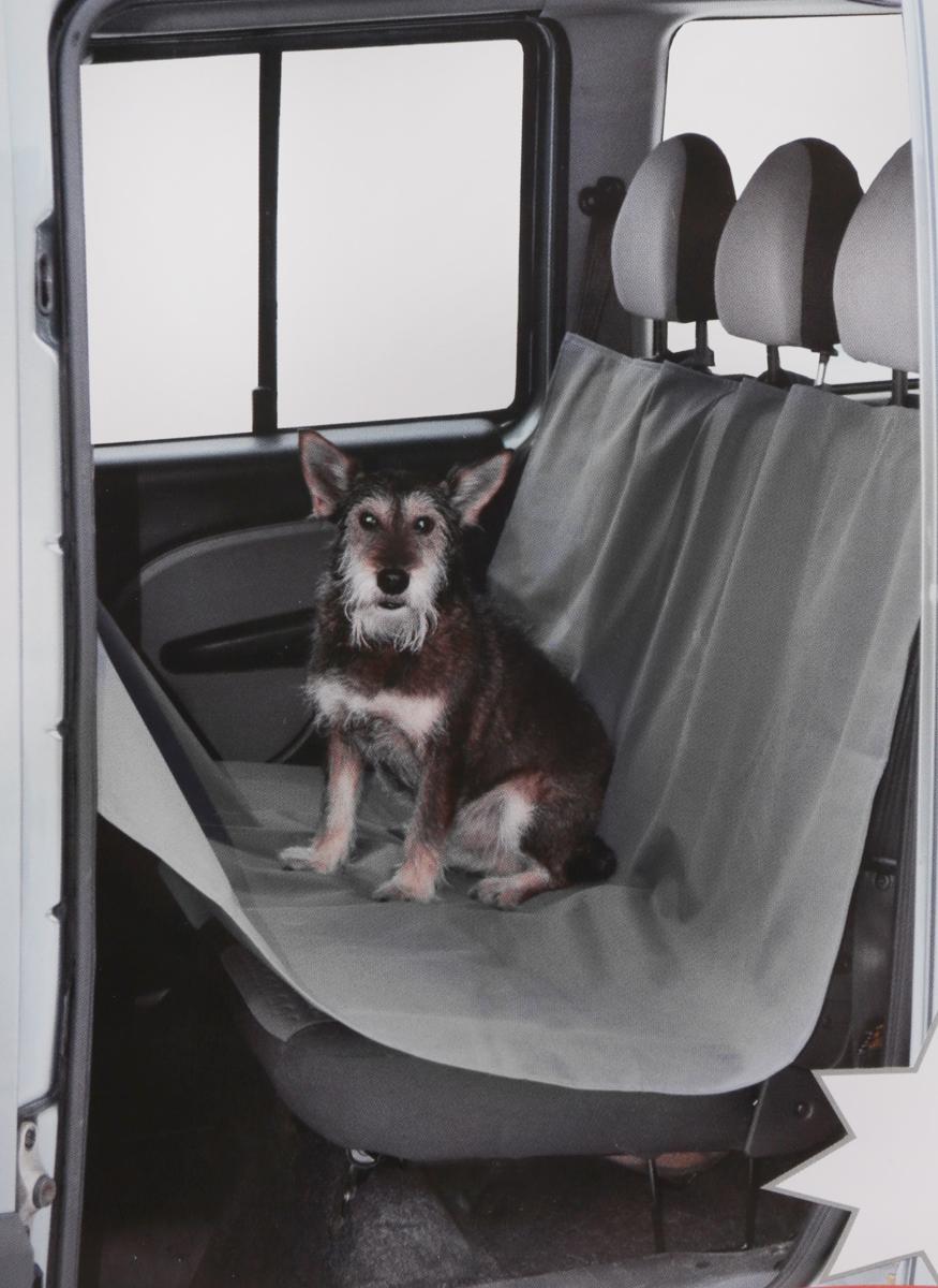 Накидка Comfort Address для перевозки собак в салоне автомобиля, цвет: серый, 150 см х 150 см. daf 021 S21395599Накидка Comfort Address выполнена из прочного водоотталкивающего материала и предназначена для перевозки собак и других животных в салоне автомобиля. Такая накидка отлично защитит заднее сиденье от загрязнений, повреждений и шерсти животных. Животное не сможет передвигаться по салону, так как ткань закрывает проход между передними и задними сиденьями. В накидке предусмотрена молния, позволяющая делить ее на части (1/3 или 2/3). Благодаря этому на заднем сиденье могут сидеть 1 или 2 человека, при этом собака будет находиться на накидке. Накидка быстро и легко одевается на сиденья (всего 20 секунд), подголовники снимать не нужно. Удобна при перевозке не только животных, но и груза, который может загрязнить задние сиденья.