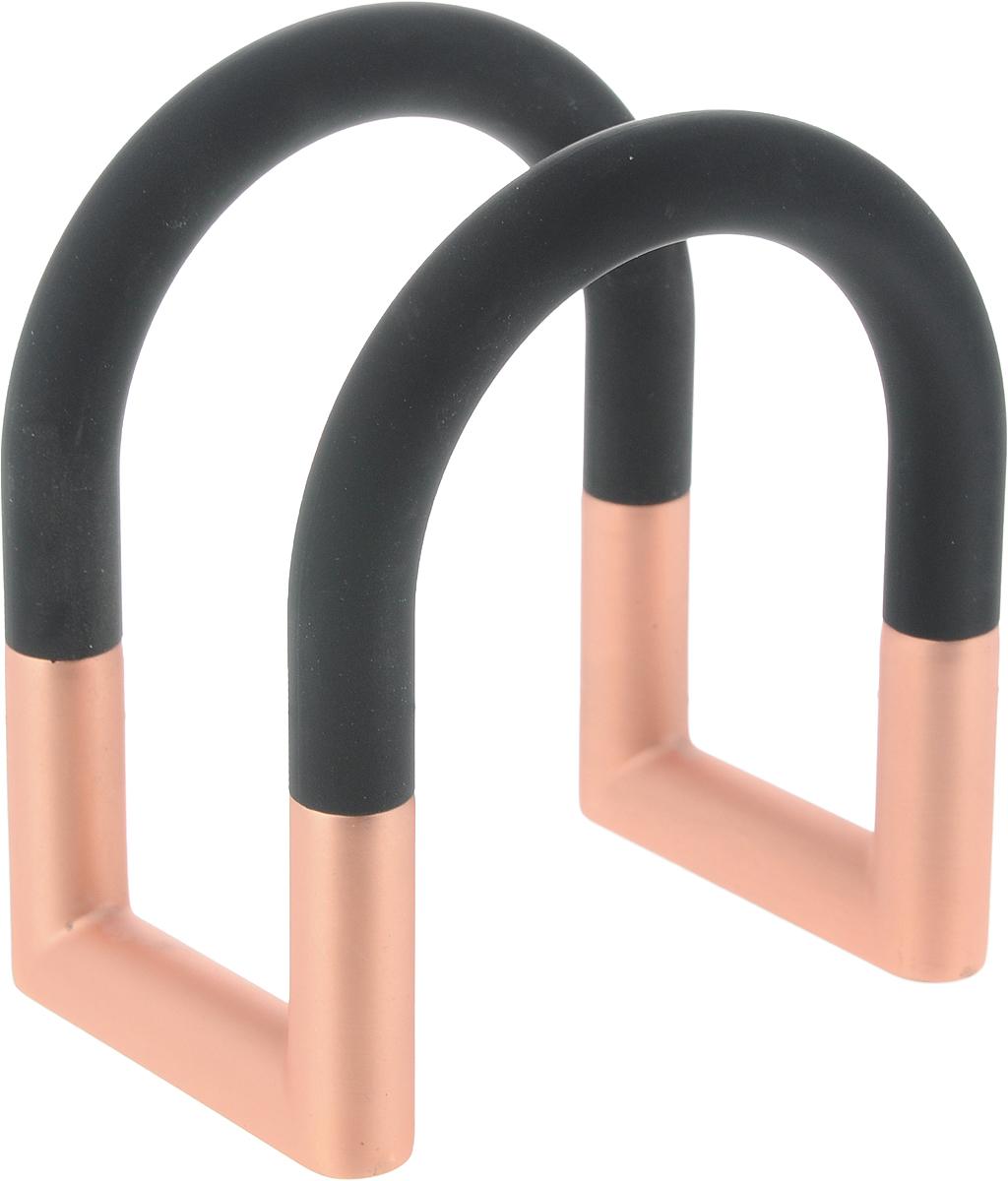 Салфетница Umbra Swivel, цвет: черный, медный, 11,5 х 6,9 х 9,6 см115510Ни один званый ужин или праздничный обед не обходится без салфеток, поэтому к выбору этого изделия следует подойти обдуманно. Салфетница Umbra Swivel изготовлена из пластика и шлифованного металла с пружинным механизмом. Данная модель прочна и устойчива к деформации. Благодаря пружинному механизму вы сможете разместить нужное количество салфеток. Салфетница вытягивается по диагонали, что уменьшает расстояние внутри. Дно оснащено резиновыми ножками, что предотвратит скольжение салфетницы по столу.Салфетница Umbra Swivel - это не только прекрасный подарок близкому человеку или друзьям, но и великолепный предмет декора, наполняющий ваш дом уютом и гармонией. Она поможет оформить стол так, чтобы все гости могли почувствовать радостное ощущение праздника.Размеры салфетницы: 11,5 х 6,9 х 9,6 см.