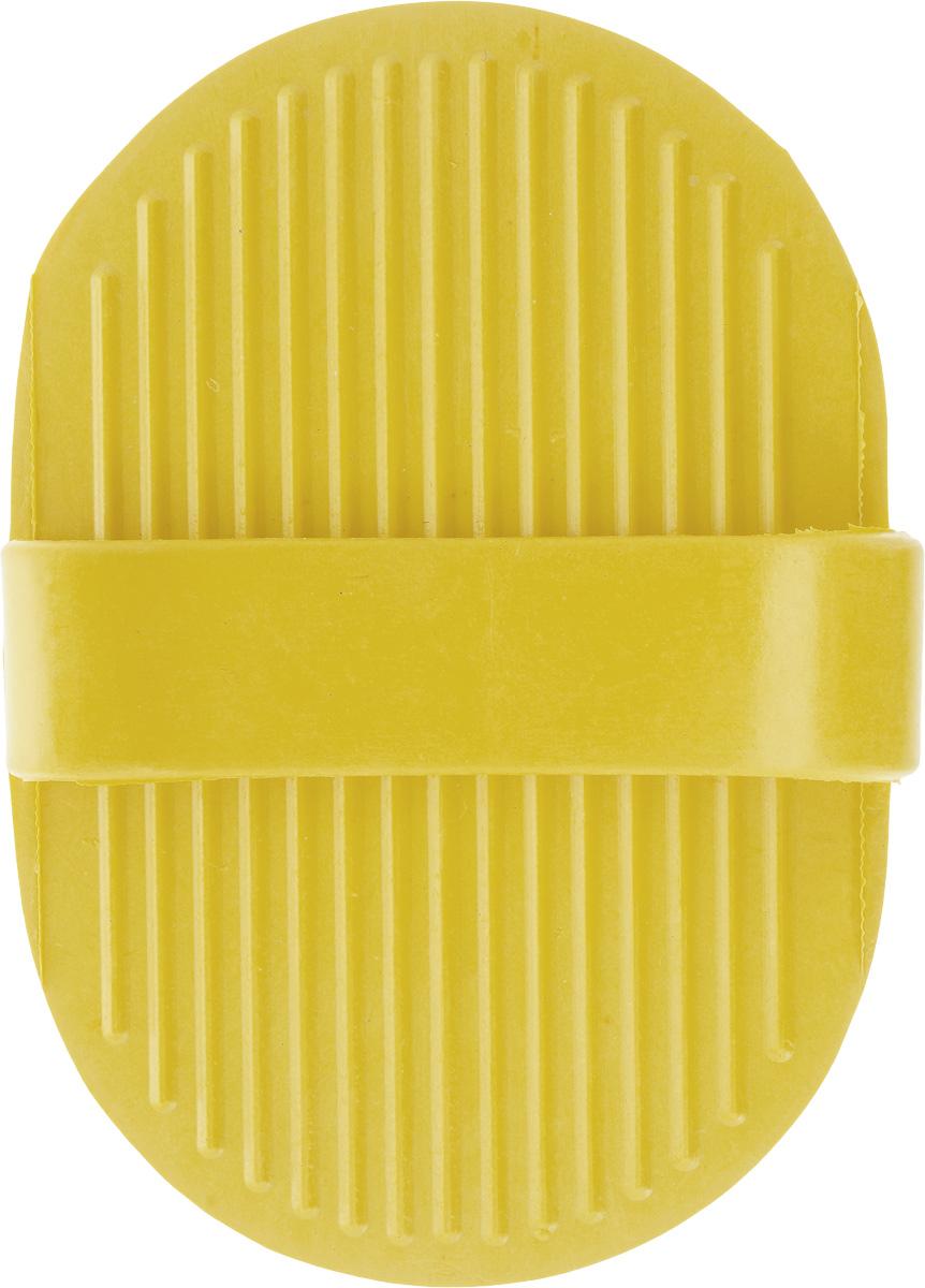 Щетка для собак Nobby, цвет: желтый, 13 х 9 см. 7264072640_желтыйСпециальная овальная форма щетки для собак Nobby облегчает использование ее в домашних условиях на густых и жестких волосах животных. Концы резиновых щетинок с четырьмя зубцами позволяют удалять мертвые волосы на теле животного, а также пыль и грязь. Идеально использовать для мытья собаки.Размер щетки: 13 х 9 см.Высота с учетом ручки: 4 см.