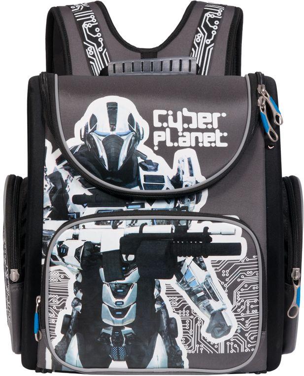 Grizzly Рюкзак школьный цвет серый черный RA-770-1RA-770-1/1Рюкзак-трансформер с одним основными отделением, передним и боковыми объемными карманами на молнии, объемным пеналом на передней стенке, с анатомической спинкой. Рюкзак имеет светоотражающие элементы.