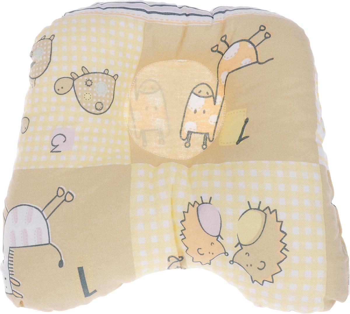 Сонный гномик Подушка анатомическая для младенцев Жираф и черепаха 27 х 25 см555А_желтый, бежевый, ежи, черепахиАнатомическая подушка для младенцев Сонный гномик Жираф и черепаха изготовлена из бязи - 100% хлопка. Наполнитель - синтепон в гранулах (100% полиэстер).Подушка компактна и удобна для пеленания малыша и кормления на руках, она также незаменима для сна ребенка в кроватке и комфортна для использования в коляске на прогулке. Углубление в подушке фиксирует правильное положение головы ребенка.Подушка помогает правильному формированию шейного отдела позвоночника.