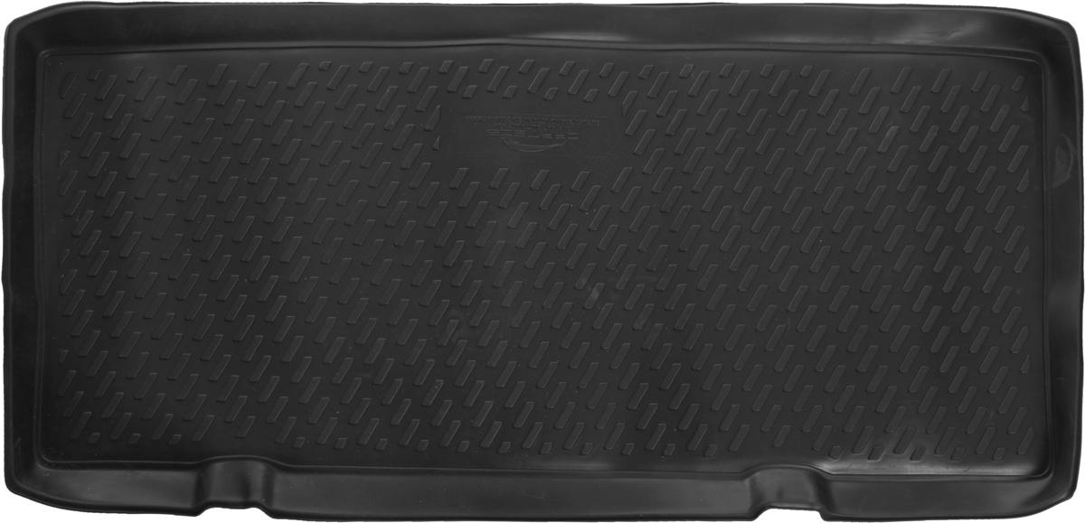 Коврик автомобильный Novline-Autofamily для Suzuki Grand Vitara 3D внедорожник 2005-, в багажникCARFRD00019kАвтомобильный коврик Novline-Autofamily, изготовленный из полиуретана, позволит вам без особых усилий содержать в чистоте багажный отсек вашего авто и при этом перевозить в нем абсолютно любые грузы. Этот модельный коврик идеально подойдет по размерам багажнику вашего автомобиля. Такой автомобильный коврик гарантированно защитит багажник от грязи, мусора и пыли, которые постоянно скапливаются в этом отсеке. А кроме того, поддон не пропускает влагу. Все это надолго убережет важную часть кузова от износа. Коврик в багажнике сильно упростит для вас уборку. Согласитесь, гораздо проще достать и почистить один коврик, нежели весь багажный отсек. Тем более, что поддон достаточно просто вынимается и вставляется обратно. Мыть коврик для багажника из полиуретана можно любыми чистящими средствами или просто водой. При этом много времени у вас уборка не отнимет, ведь полиуретан устойчив к загрязнениям.Если вам приходится перевозить в багажнике тяжелые грузы, за сохранность коврика можете не беспокоиться. Он сделан из прочного материала, который не деформируется при механических нагрузках и устойчив даже к экстремальным температурам. А кроме того, коврик для багажника надежно фиксируется и не сдвигается во время поездки, что является дополнительной гарантией сохранности вашего багажа.Коврик имеет форму и размеры, соответствующие модели данного автомобиля.