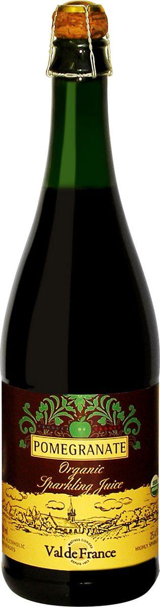 Val De France напиток газированный гранат, 0,75 л851211000112Val De France - это игристый сок из натуральных фруктов, изготавливаемый в старинной французской провинции Бретань, прославленной кальвадосом, сидром и игристыми напитками на основе минеральной воды. Французские лимонады Val De France обладают сладковато-кислым, слегка горьковатым утонченным вкусом, который не оставит равнодушным даже самого взыскательного сомелье. Разливаются лимонады в оригинальные бутылки, закупоренные пробкой, изготовленной из пробкового дерева. Может использоваться как детское шампанское на детских мероприятиях.