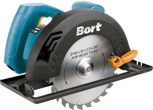 Пила дисковая BHK-185U, цвет: синий, черныйкн600внБытовая циркулярная пила BORT BHK-185U позволяет производить раскрой материала толщиной до 64 мм. Оснащена коллекторным двигателем мощностью 1250 Вт. Связь привода с валом шпинделя выполнена посредством простейшей двухшестеренчатой передачи. Скорость вращения диска без нагрузки 5600 об/мин. Глубина пропила под углом 90 градусов составляет 64 мм, под углом 45 градусов - 40 мм. Инструмент стабильно работает от стандартной электросети с напряжением 220 В.