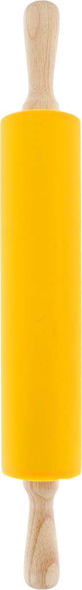 Скалка Regent Inox Silicone, цвет: желтый, длина 47 смПЦ1303МНДСкалка Regent Inox Silicone выполнена из пластика с покрытием из пищевого силикона и снабжена деревянными ручками. Скалка предназначена для раскатывания любого теста - пресного, дрожжевого, слоеного, песочного. Валик вращается, что уменьшает количество прилагаемых усилий. Благодаря силиконовому покрытию валика, тесто не липнет и легко раскатывается. При этом намного уменьшается дополнительный расход муки для присыпания теста.Изделия из силикона выдерживают высокие и низкие температуры (от -40°С до +230°С). Они износостойки, легко моются, не горят и не тлеют, не впитывают запахи, не оставляют пятен. Силикон абсолютно безвреден для здоровья.Длина скалки: 47 см. Длина валика: 28 см. Диаметр валика: 7 см.