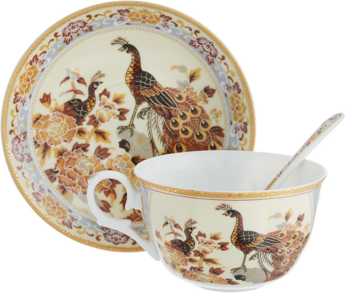Чайная пара Павлин на бежевом, 3 предмета730471Чайная пара Павлин на бежевом состоит из чашки, блюдца и ложки, изготовленных из высококачественной керамики. Красочность оформления придется по вкусу ценителям утонченности и изысканности. Объем чашки: 250 мл.