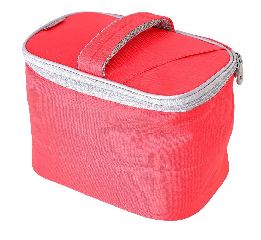 Термосумка Thermos Beauty Kit, цвет: коралловый, 6,5 л787502Изотермическая сумка Beauty Kit, с застежкой -молнией предназначена для длительных поездок. Способна вместить довольно большой объем кремов, мазей, медикаментов и других препаратов не предназначенных для хранения в тепле. Способна вместить довольно большой объем кремов , мазей, медикаментов и других препаратов не предназначенных для хранения в тепле. По желанию, для усиления охлаждающего эффекта возможно применение замороженных аккумуляторов температуры THERMOS Gel Pack.Объем: 6,5 л.