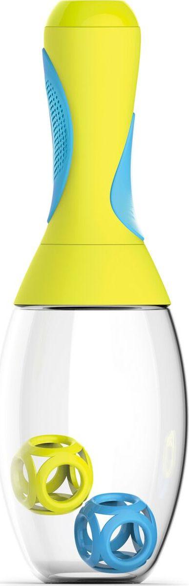 Стакан-шейкер Asobu Samba shaker, цвет: желтый, голубой, 600 млRS14 yellow-blueСтакан-шейкер Asobu Samba shaker является практичным и забавным способом смешать Ваш напиток перед употреблением даже на ходу. Идеально подходит, чтобы принести с собой в спортзал или для использования дома, на работе, в школе.Его выделяет не только оригинальный внешний вид, напоминающий маракас, но и многие выдающиеся конструктивные особенности, начиная с большой емкости в 600 мл., и эргономичной, противоскользящей резиновой ручки. Ручка также имеет скрытый отсек для удобного хранения порошковой смеси. В комплекте к шейкеру идут два мячика для лучшего размешивания напитков Особенности:Предназначен для холодных и горячих напитков.Изготовлен из революционного высокотехнологичного материала. Чрезвычайно ударопрочен.BPA FREE (материал, из которого изготовлено изделие, не содержит Бисфенол А).Емкость для хранения порошковых смесей.Можно мыть в посудомоечной машине.Шейкер доступен в пяти ярких цветах.Размеры: Высота: 29 смДиаметр: 9 см