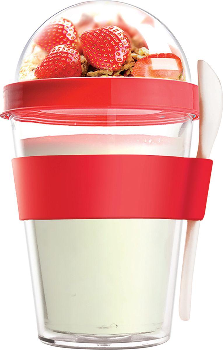 Контейнер Asobu Yo2go improved, цвет: красный, 360 млYO2GOS redЗаполните контейнер вашим любимым йогуртом! Поместите свой любимый топпинг в крышку! И возьмите с собой в дорогу! Контейнер Asobu Yo2go improved позаботится о вашем вкусном десерте! Yo2go - контейнер для йогурта контеи десертов. Контейнер имеет жесткий акриловый корпус с двойными стенками. Включает в себя белую ложку из пищевого безопасного пластика ABS, которая помещается в силиконовое кольцо и никогда не выскользнет. Для удобного удерживания контейнер обернут силиконовой лентой. Особенности: 360 мл.Ложка из пищевого безопасного пластика ABS.Простой и функциональный дизайн.Жесткий прозрачный акриловый корпус с двойными стенками.Крышка.Экологичный.Идеален для работы и школы.