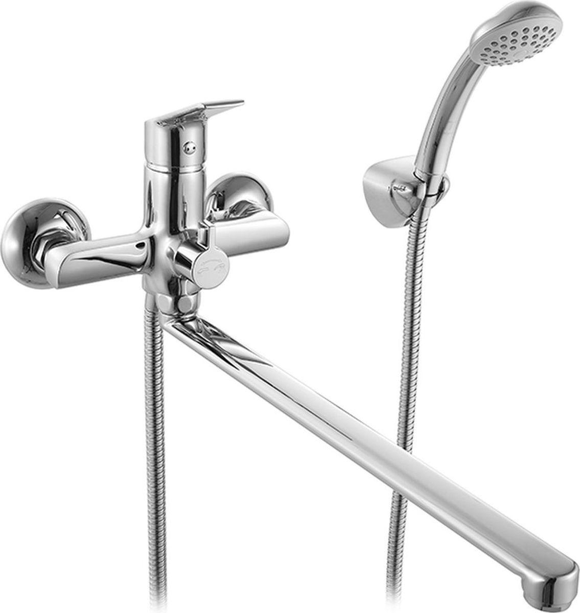Смеситель для ванны Milardo Nelson, с длинным изливом, цвет: хромBL505Смеситель для ванны Milardo® изготовлен из высококачественной первичной латуни, прочной, безопасной и стойкой к коррозии. Инновационные технологии литья и обработки латуни, а также увеличенная толщина стенок смесителя обеспечивают его стойкость к перепадам давления и температур. Увеличенное никель-хромовое покрытие полностью соответствует европейским стандартам качества, обеспечивает его стойкость и зеркальный блеск в течение всего срока службы изделия. Благодаря гладкой внутренней поверхности смесителя, рассекателям в водозапорных механизмах и аэратору он имеет минимальный уровень шума.Смеситель оборудован керамическим дивертором, чей сверхнадежный механизм обеспечивает плавное и мягкое переключение с излива на душ, а также непревзойденную надежность при любом давлении воды.В комплект входят лейка и шланг из нержавеющей стали длиной 1,5 м с защитой от перекручивания. Гарантия на смесители Milardo® – 7 лет.