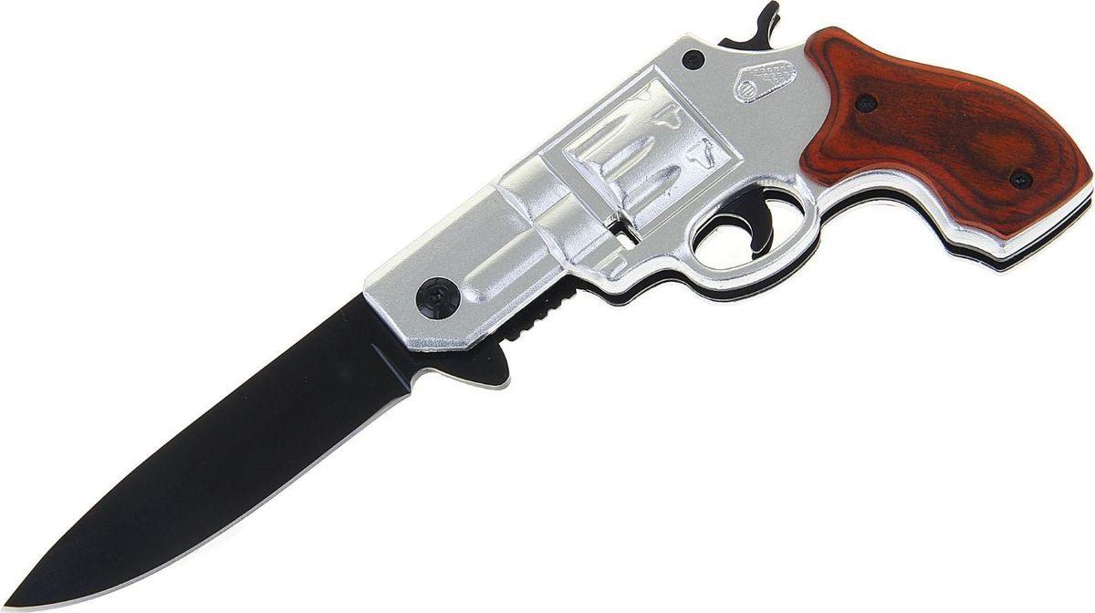 Нож перочинный, с фиксатором, 19,5 х 7,5 х 2 см. 1154204FS-00897Раньше складные ножи были распространены среди матросов, потому что им был нужен надёжный и простой в использовании инструмент. Сейчас лезвие, которое можно обнажить одной рукой, стало помощником туристов, охотников или рыболовов.Нож складной неавтоматический с фиксатором, рукоять в форме пистолета сделан из высококачественной стали, его механические части просты и не требуют обслуживания. Вы сможете привести нож из сложенного положения в рабочее за долю секунды. Острый клинок станет незаменимым инструментом в быту и на отдыхе.Как ухаживать за ножом:Удалите консервационную смазку, если она есть. Подойдут WD-40, растворители масла и грязи для велоцепей.Вытрите насухо и смажьте клинок. Заливать нож маслом необязательно, достаточно протереть его тряпкой с небольшим количеством растительного масла.Появившиеся веснушки ржавчины можно просто заполировать. Вам понадобится средство с абразивом для царапин, сукно и паста для тонкой полировки.Шарнир можно мыть водой или тем же WD-40. Главное — хорошо просушить подвижную часть феном и легко его смазать.Помните: хорошо вымытый после использования нож служит годами, не имеет резкого запаха и не ломается.