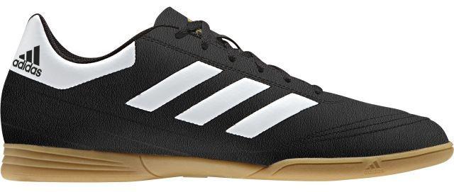 Кроссовки для футзала мужские Adidas Goletto Vi In, цвет: черный, белый. AQ4289. Размер 10 (43)BB4433Кроссовки для зала от всемирно известного спортивного бренда adidas выполнены из качественного синтетического материала. Модель оформлена фирменными нашивками и надписями. Шнурки надежно зафиксируют модель на ноге. Внутренняя поверхность из текстиля комфортна при движении. Подошва изготовлена из высококачественной резины.