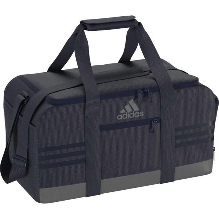 Сумка Adidas 3S Per Tb S, цвет: темно-синий. BR5139205065-001Вместительная и удобная спортивная сумка Adidas 3S Per Tb S с U-образным основным отделением на молнии для быстрого доступа к вещам. Обувь или влажную форму можно положить в вентилируемый отсек. Для мелких вещей предусмотрен передний карман на молнии. Мягкие ручки и удобный наплечный ремень.U-образное основное отделение на молнии для быстрого доступа к вещам; передний карман на молнии; боковой карман из сетки; вентилируемое отделение для обуви.Регулируемый наплечный ремень с мягкой подушечкой; мягкая ручка-петля для переноски.Износостойкая нижняя часть с покрытием из термополиуретана.Три полоски в тон и логотип adidas на лицевой стороне.Размеры: 23 см x 25 см x 50 см