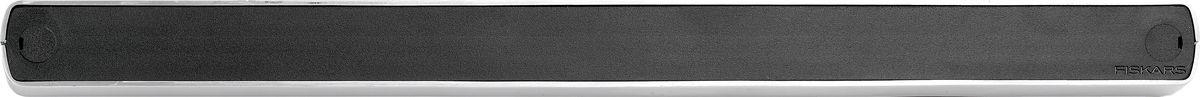Магнит настенный Fiskars Functional Form. 10014831001483Магнит настенный Fiskars Functional Form представляет собой приспособление для фиксации кухонных ножей или ножниц за стальные лезвия. Изделие облегчает хранение инструментов. Магнит монтируется к стене.