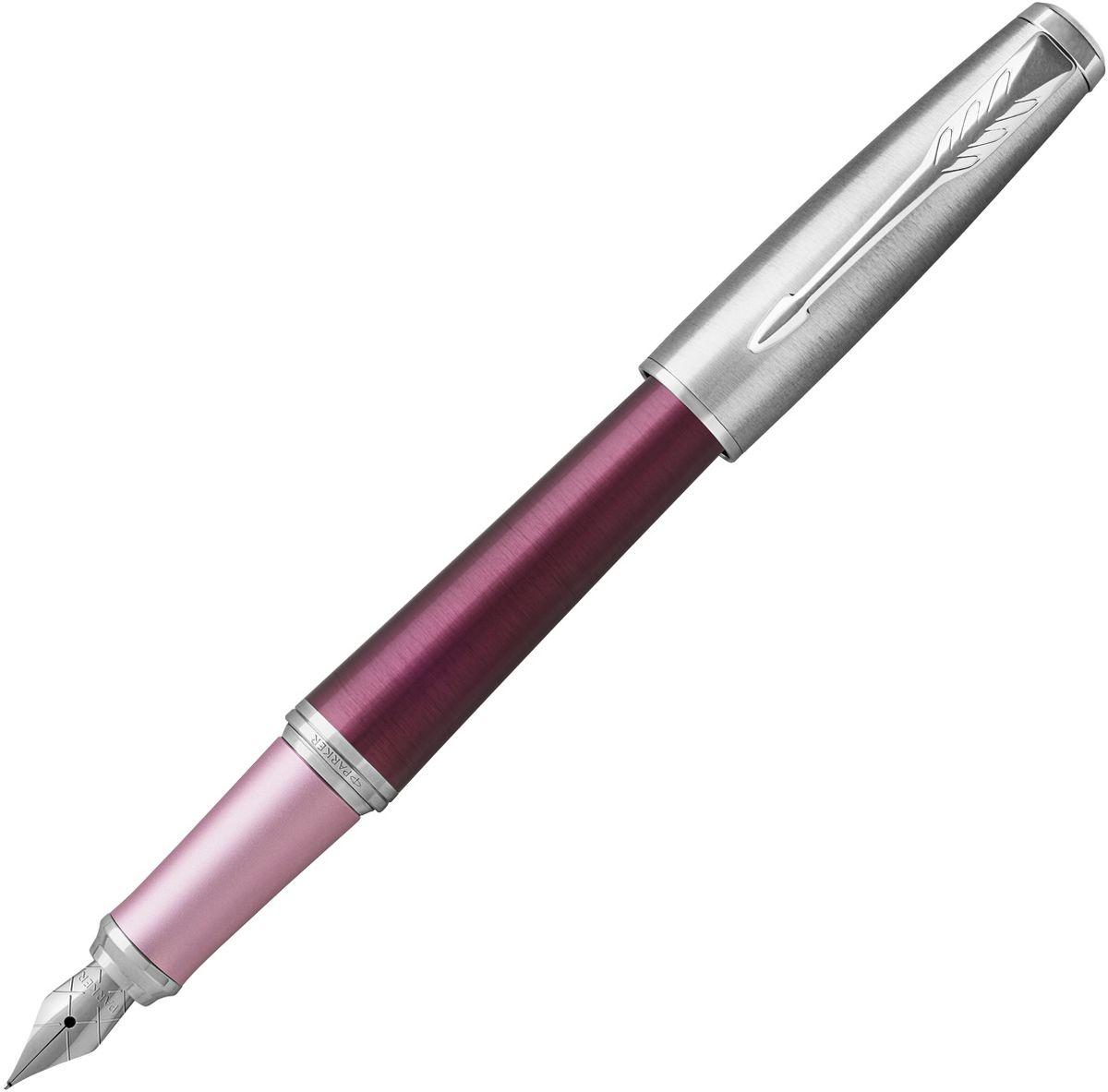 Parker Ручка перьевая Urban Premium Dark PurplePARKER-1931583Материал корпуса: Анодированный алюминий темно-пурпурного цвета с круговой полировкой, розовая зона захвата. Колпачок из хромированной латуни.Покрытие корпуса: Анодированный алюминий темно-пурпурного цвета с круговой полировкой, розовая зона захвата. Материал отделки деталей корпуса: хромированная нержавеющая сталь.Перо: Нержавеющая сталь.Способ подачи стержня: колпачок.Вложение: 1 синий картридж.Сделано в Китае.Аналог PARKER-S0949260