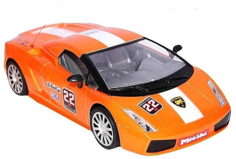 Радиоуправляемая модель автомобиля отлично подходит для игр дома. Она устойчива при езде, хорошо управляема и способна передвигаться в четырех направлениях.Вы можете менять тип кузова благодаря съемной крыше. А светящиеся фары придают машине еще большую привлекательность.
