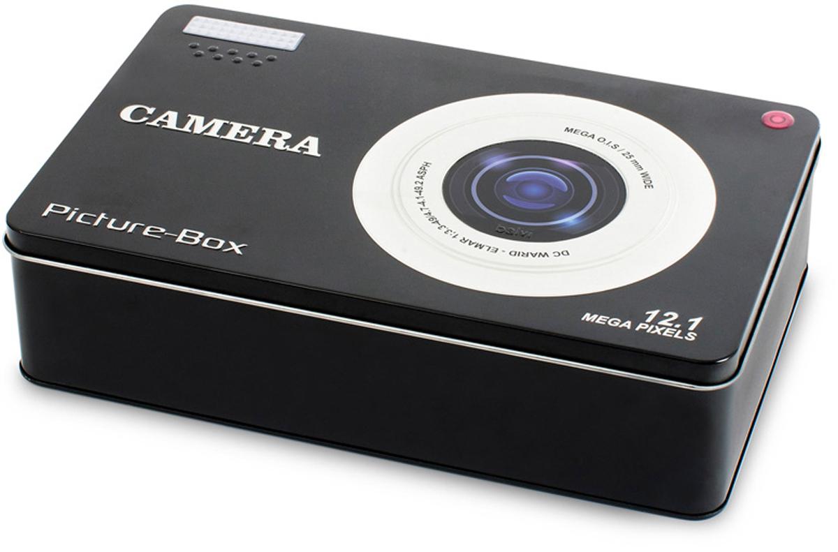 Бокс для хранения Balvi Smile!, цвет: черныйFS-80423Современный стильный дизайн понравится всем любителям фотографировать. Бокс для хранения различных принадлежностей и аксессуаров оформлен в виде цифровой фотокамеры. На крышке изображен большой объектив. Металлический бокс отлично подойдет для ценных фотографий и открыток. Он поможет сохранить дорогие сердцу моменты на долгие годы, защищая от всевозможных повреждений. Бокс Smile от бренда Balvi станет хорошим подарком как молодому человеку, так и семейной паре.- Прочный корпус, устойчивый к повреждением- Подходящий размер и хорошая вместительность для хранения фото- Оригинальное оформление и качественное изображение на крышке