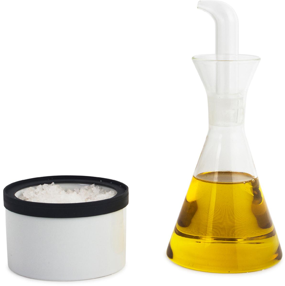 Набор для специй Balvi Combo, цвет: прозрачныйSC-FD421004Оценить по достоинству уникальный набор для кухни Combo, состоящий из солонки и уксусницы, предлагают испанские производители необычных и креативных вещей для повседневного пользования. Оригинальный дизайн аксессуаров выполнен в виде посуды для химического смешивания. Этот набор станет отличным подарком для всех, кто ценит оригинальный подход к оформлению своей кухни. Уксусница изготовлена из стекла в виде колбы со специальным дозатором. Солонка представляет собой керамическую емкость в виде баночки для хранения реагентов. -Оригинальный дизайн аксессуаров в виде химической посуды-Уксусница сделана из прочного стекла и имеет удобный дозатор-Солонка изготовлена из качественной керамики и подойдет для любого вида соли