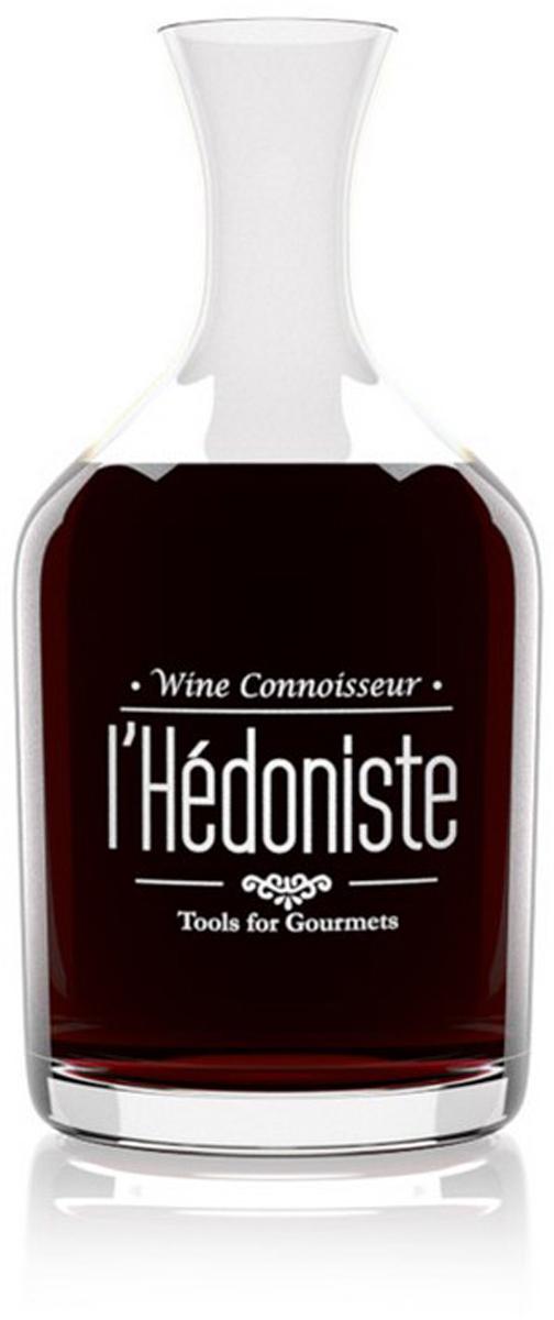 Декантер для вина Balvi lHedoniste, цвет: прозрачный, 1,5 л26066Специально для любителей и знатоков вин предназначен декантер для вина lHedoniste. С его помощью можно легко избавиться от осадка зрелого вина. А если вы предпочитаете молодые вина, то переливание их в декантер ускоряет процессы окисления и готовности вина к употреблению. Удивите своих гостей, поставив на стол не бутылку вина, а вино в декантере, они явно оценят ваш вкус и тягу к прекрасному. В таком сосуде вино будет особенно ярко смотреться на праздничном столе. Также декантер может стать отличным подарком человеку, у которого, казалось бы, все уже есть. - Классический объем рассчитан на 1 бутылку вина.- Вино красиво переливается на свету.- Незабываемый подарок на любой праздник.