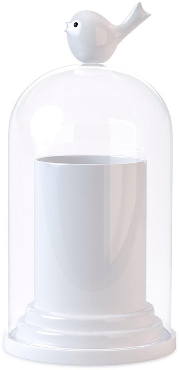 Подставка для зубочисток Balvi Birdie, цвет: белый26401Держатель для зубочисток Birdie - это не только оригинальное, но и полезное в хозяйстве приспособление. Выполнен из пластика. У держателя есть крышка, наверху которой сидит милая птичка. Достаточно легко потянуть за нее, и крышка откроется, чтобы достать зубочистку. Этот контейнер можно хранить прямо на столе - он не займет много места. А можно убрать на полку в кухонном шкафу и доставать при необходимости. В любом случае зубочистки в нем защищены от влаги и от поломок. - Практичный и оригинальный аксессуар.- Не занимает много места.- Благодаря крышке зубочистки не отсыреют и не рассыпятся.- Можно использовать в качестве контейнера для ватных палочек.