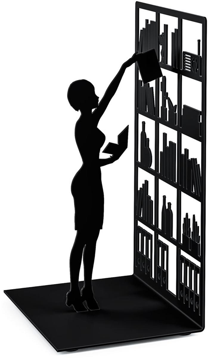 Держатель для книг Balvi The Library, цвет: черный26530Дизайнерский держатель для книг The Library станет хорошим подарком любителю литературы или поможет хранить собственные книги. Он представляет собой простую, но в то же время очень привлекательную вещь. Его украшает небольшая фигурка человека, который тянется к книгам на верхней полке. Такой аксессуар хорошо подчеркивает тягу к знаниям, служит неплохим украшением интерьера в спальной комнате или кабинете.- Яркое и необычное оформление с глубоким смыслом.- Износостойкое покрытие металла.- Высокое качество проработки и прочность всей конструкции.