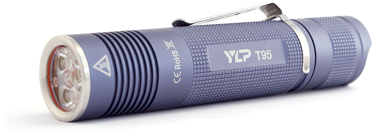 Фонарь ручной Яркий Луч YLP T95 Escort, цвет: серыйAS009Компактный сверхмощный фонарь с триплом нейтральных светодиодов XP-G2, световой поток до 1150 лм.Световой поток 1150 лмТрипл нейтральных светодиодов XP-G2Нейтральный свет, приближенный к солнечному (4200К)Качественная TIR-оптика Carclo и просветленное стеклоТри режима яркости: 100-50%, 15%, 3%Дальность - 125 метровСтабилизация яркости, улучшенная эффективность электроникиИндикация разряда батареиСъемная клипса для ношенияМедная звезда с прямым отводом теплаРаботает от Li-Ion аккумулятора 18650 (в комплект не входит)Компактный светодиодный фонарь YLP Escort T95 обеспечивает широкий мощный луч качественного нейтрального света, оптимальный на ближних и средних дистанциях. Благодаря сочетанию компактности, высокой мощности и качественного света фонарь может использоваться для широкого спектра задач - от повседневного ношения до спортивных, туристических или велосипедных маршрутов, а также в других сферах работы и активного отдыха.Режимы: 100-50%, 15%, 3%, без памяти.Для защиты от перегрева через 30 секунд работы в максимальном режиме фонарь плавно снижает яркость до стабилизированных 50%.Время работы: сильный режим - 2.2 ч, средний режим - 8 часов, слабый режим - 40 часов.О приближении к разряду аккумулятора фонарь информирует короткими двойными вспышками каждые 30 секунд - это гарантирует, что пользователь не останется внезапно без света.В фонаре Escort T95 используется усовершенствованный драйвер, обеспечивающий более высокую эффективность работы в среднем и слабом режимах, при отсутствии какого-либо видимого мерцания.Для защиты от случайного включения реализована возможность заблокировать фонарь отворотом хвостовой части.Качественный корпус из анодированного алюминия защитит фонарь от ударов и повреждений. Влагозащищенность фонаря IPX-6, что обеспечивает надежную защиту от дождя, а также от кратковременного падения в воду.Фонарь работает на Li-Ion аккумуляторе формата 18650 длиной 65-70 мм, разрешенный диапазон 