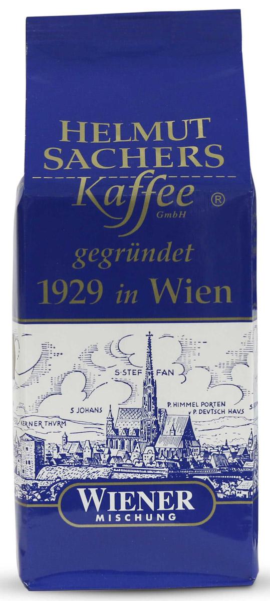 Helmut Sachers кофе венский в зернах, 500 гCHLMSC-000007Helmut Sachers Wiener – один из самых востребованных бодрящих продуктов на мировом кофейном рынке. Превосходный вкусоаромат и высокое качество, проверенное временем, - вот что отличает Гельмут Захерс зерно Виенер от множества аналогичных продуктов. Это настоящий деликатес, который поразит вас многообразием вкусовых оттенков и роскошной ароматической палитрой. В насыщенном букете напитка чувствуются тона ванили, специй, шоколада и пикантная горчинка, которая делает вкус Helmut Sachers зерно Wiener еще более интересным. Продолжительное и запоминающееся послевкусие, наполненное яркими мотивами орехов, станет логическим завершением дегустации бодрящего напитка. Гельмут Захерс зерно Виенер станет прекрасным началом дня или его завершением. Этот продукт взбодрит и порадует своим многогранным вкусом, так что масса положительных эмоций после его употребления гарантирована. Если вы хотите порадовать знакомого кофемана достойным подарком или же сами желаете попробовать премиальный бодрящий продукт, то советуем приобрести Helmut Sachers зерно Wiener. Этот напиток вас не разочарует!