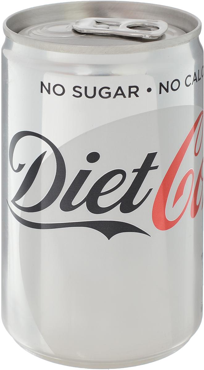 Coca-Cola Diet напиток газированный, 150 мл54491014Coca-Cola Diet обладает сладким, утонченным вкусом. В одном стакане Coca-Cola Diet менее одной калории, поэтому пейте ее с удовольствием! Coca-Cola - одна из самых молодых торговых марок компании Coca-Cola. Напиток вышел на мировой рынок в 1982 году, почти через сто лет после появления Coca-Cola, и быстро завоевал популярность. Понадобилось всего два года, чтобы новая марка заняла первое место в мире среди низкокалорийных безалкогольных напитков. Теперь Coca-Cola входит в пятерку самых популярных напитков мира, и продается более чем в 150 странах.