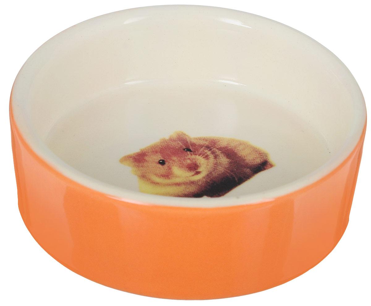 Миска для грызунов Nobby, цвет: оранжевый, светло-бежевый, 55 мл73350Миска для грызунов Nobby выполнена из керамики, покрытой глазурью. Дно дополнено изображением мыши. Миска достаточно тяжелая, поэтому не будет скользить по дну клетки. Прекрасно подойдет для мелких грызунов. Диаметр миски: 8 см. Высота миски: 2,5 см.