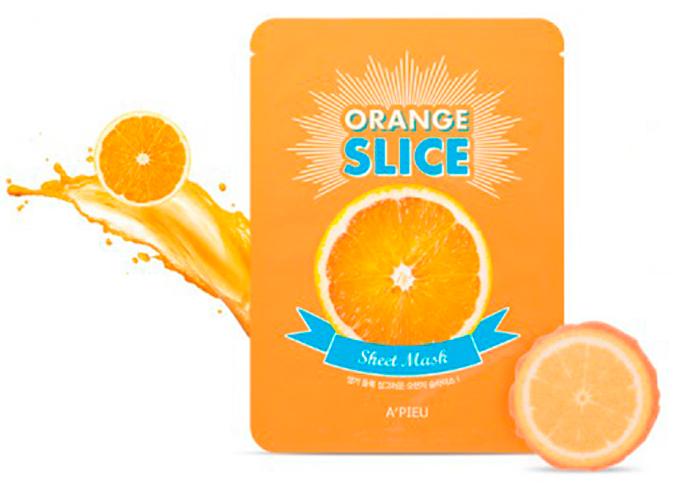 APieu Осветляющие маски-листочки локальные апельсин, 20 г8806185746892Круглые локальные масочки для разных участков в виде нарезанного апельсина. Можно использовать для лица и тела. Содержат экстракт апельсина 10000ррм, экстракт черного жемчуга, экстракт тимьяна, экстракт фенхеля и т. д. Экстракт апельсина улучшает регенерацию клеток, препятствует возникновению свободных радикалов, защищает кожу от вредных атмосферных воздействий. Он стимулирует выработку коллагена и восстанавливает нормальную эластичность кожи, успокаивая и увлажняя ее. Нормализует состояние жирной кожи, делая ее более упругой и гладкой, снимает мышечное напряжение и помогает бороться с морщинками. Обладает хорошим отбеливающим эффектом и осветляет пигментные пятна. Оно способствует выведению из кожи токсинов и смягчает огрубевшую кожу, поэтому хорошо помогает в борьбе с мозолями.