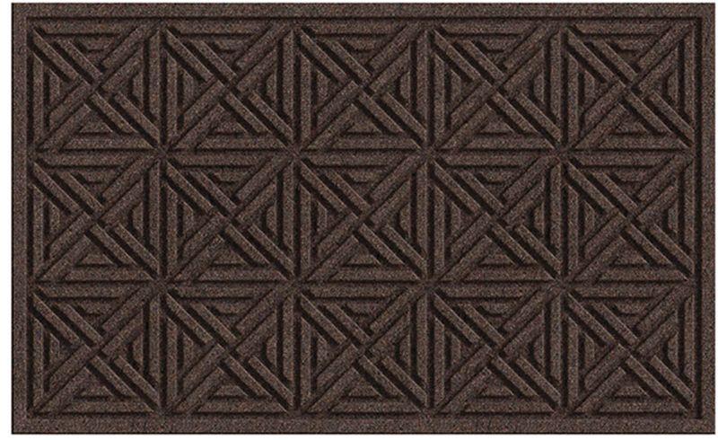 Коврик придверный Apache Mills Textures Wellington Walnut, 45 х 76 см5418Практичный и долговечный влаговпитывающий придверный коврик Textures. Настоящая находка для тех, кто любит функциональные и надежные вещи. Благодаря рельефному рисунку обладает высокими грязезащитными свойствами, хорошо очищает грязь с подошвы обуви. Обладает отличными влаговпитывающими характеристиками, устойчив к появлению плесени. Отличный вариант для использования перед входной дверью в сезон дождей или зимой. Основание из резины не крошатся и не растрескивается со врменем, поверхность из плотного волокна на основе полипропилена не выцветает, не истирается и не линяет при попадании влаги.