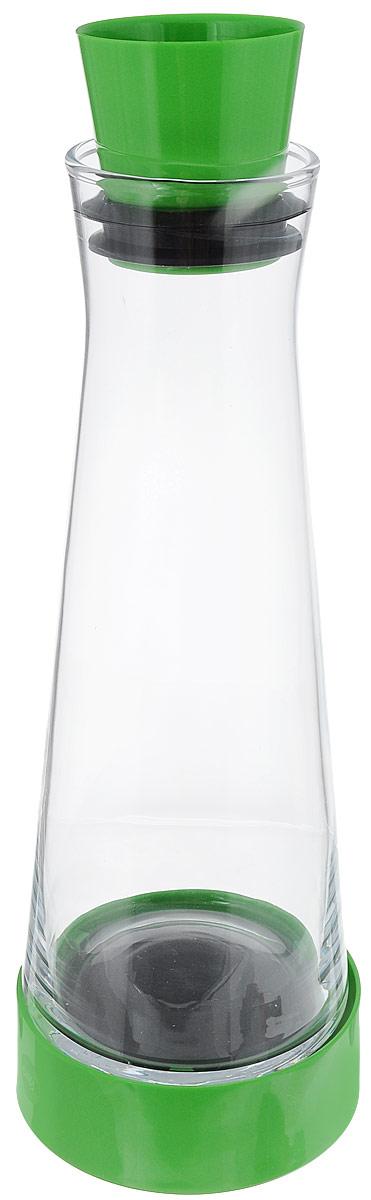 Графин Emsa Flow Slim Friends, с термоэлементом, цвет: салатовый, прозрачный, 1 л515473_салатовыйГрафин Emsa Flow Slim Friends с охладительным элементом позволит не просто красиво хранить напитки, но и дольше сохранять их холодными. Графин изготовлен и отполирован вручную из тончайшего силикатного стекла. Пластиковая пробка с силиконовой прослойкой плотно закрывает горлышко. При наливании напитков не обязательно снимать пробку, она открывается и закрывается автоматически. Специальная конструкция пробки позволяет наливать напиток, не пролив ни капли. Графин также оснащен специальной подставкой. Охладительный элемент с охлаждающим гелем сохраняет прохладу до 4 часов. Узкая форма графина подходит для внутренней дверцы холодильника. Изделие можно мыть в посудомоечной машине. Диаметр основания графина: 10 см. Диаметр подставки: 11 см. Диаметр горлышка: 7 см. Высота графина (с пробкой и подставкой): 34 см. Высота графина (без учета подставки): 30 см.