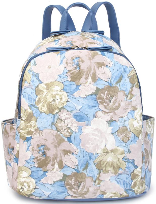 Рюкзак женский OrsOro, цвет: голубой, бежевый. D-428/223008Женский рюкзак OrsOro выполнен из искусственной кожи высокого качества. Рюкзак имеет 2 отделения на молнии.Рюкзак обладает удобной ручкой сверху для переноски и двумя регулируемыми плечевыми лямками. Снаружи так же имеется 2 боковых кармана, задний карман на молнии.