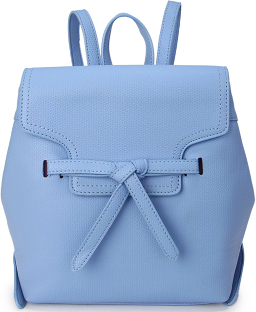 Рюкзак женский OrsOro, цвет: голубой. D-432/123008Женский рюкзак OrsOro выполнен из искусственной кожи высокого качества. Рюкзак с клапаном имеет одно вместительное отделение на молнии. В отделении присутствуют внутренний карман на молнии, внутренний карман для телефона.Снаружи имеется внешний карман на молнии и боковые магнитные кнопкиРюкзак обладает удобной ручкой сверху для переноски и двумя регулируемыми плечевыми лямками.