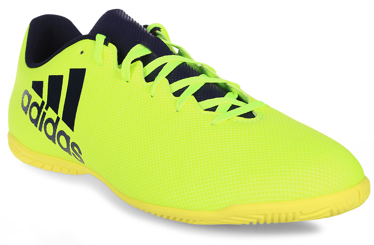 Кроссовки для футзала мужские Adidas X 17.4 In, цвет: темно-синий, желтый. S82407. Размер 10 (43)BB5908Кроссовки для зала от всемирно известного спортивного бренда adidas выполнены из мягкого, но прочного синтетического материала. Модель идеальна для игры на взрывной скорости на полированных гладких покрытиях. Модель оформлена фирменными нашивками и надписями. Шнурки надежно зафиксируют модель на ноге. Внутренняя поверхность из текстиля комфортна при движении. Подошва изготовлена из высококачественной резины.