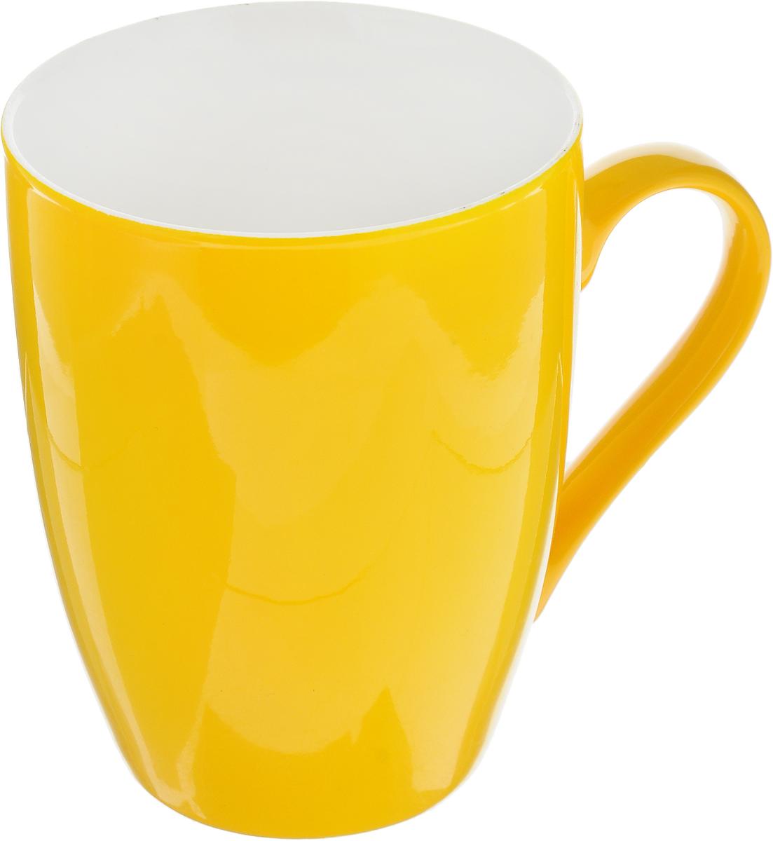 Кружка Доляна Радуга, цвет: желтый, белый, 300 мл699260_желтыйКружка Доляна Радуга изготовлена из высококачественной керамики и покрыта превосходной сверкающей глазурью. Изделие имеет яркий дизайн.Такая кружка прекрасно оформит стол к чаепитию и станет его неизменным атрибутом.Диаметр кружки (по верхнему краю): 8 см.Высота кружки: 10,5 см.