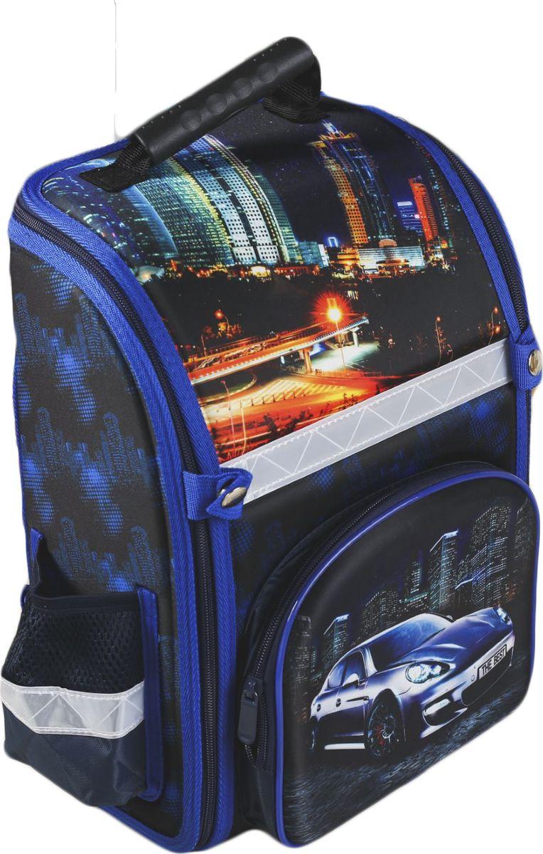 Страна Карнавалия Рюкзак дошкольный Крутой гонщик цвет синий72523WDСовременный ранец сочетает лёгкость конструкции и максимальное удобство использования. Жёсткий каркас сбережёт школьные принадлежности от повреждений, а эргономичная спинка поможет избежать дискомфорта и сохранит правильную осанку.Широкие лямки равномерно распределяют нагрузку на плечи ребёнка, регулируются по длине и оснащены светоотражающими вставками для безопасного передвижения в тёмное время суток.Рюкзак имеет наружные карманы и одно основное отделение на удобной молнии, с помощью которой можно расстегнуть изделие до самого дна. Эта особенность делает удобным не только использование ранца, но и его хранение.