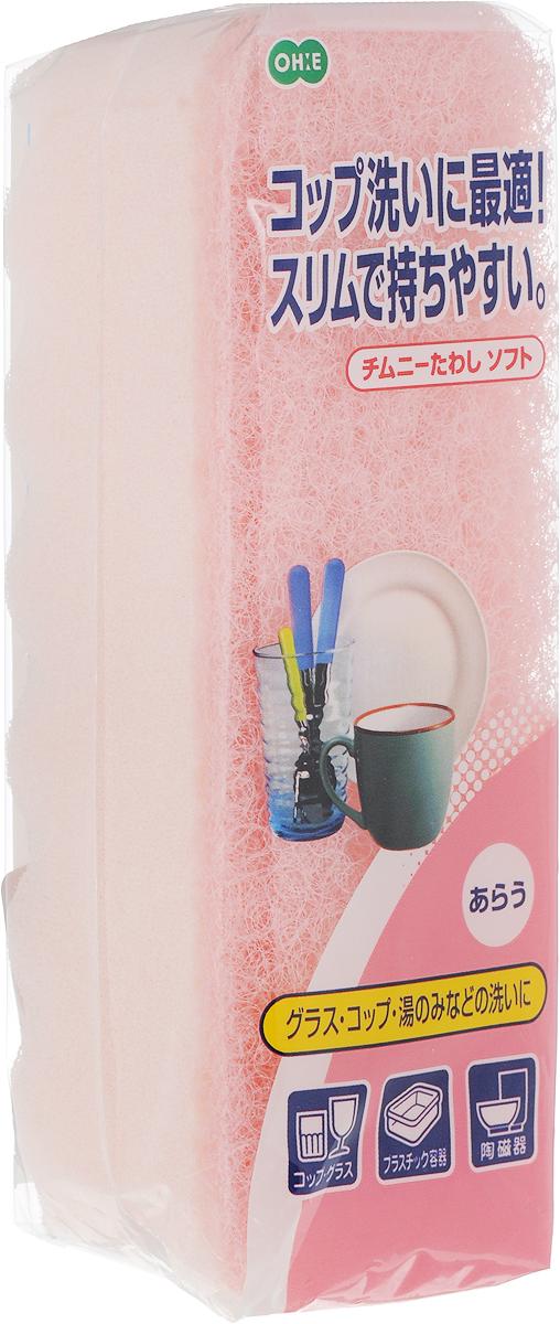 Губка для посуды Ohe Chimuny Soft Sponge, двухслойная, верхний слой средней жесткости, 15 х 5 х 4,5 см050299Двухслойная губка Ohe Chimuny Soft Sponge предназначена для чистки и мытья изделий из пластика, стекла, эмалированной посуды, керамики, посуды, покрытой пластиком, кухонных приборов из нержавеющей стали. Особенности изделия:- нетканый материал на внешней стороне губки прекрасно удаляет загрязнения и не царапает поверхность,- мягкая губка создает большое количество пены, полностью очищает поверхность от грязи,- является безопасным продуктом, поскольку для склеивания не используются растворители и другие опасные вещества.Состав: нетканая поверхность - нейлон, губка - полиуретан. Выдерживает температуру до 90°С.