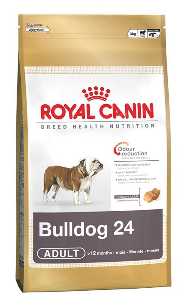 Корм сухой Royal Canin Bulldog 24, для бульдогов старше 12 месяцев, 12 кг00614КОРМ ДЛЯ БУЛЬДОГОВ СТАРШЕ 12 МЕСЯЦЕВБульдог: уникальная анатомия — особые потребностиАнглийский бульдог — порода собак, имеющая характерное строение черепа и всего скелета в целом. Подобные физиологические особенности накладывают отпечаток на развитие организма, которое может быть нормализовано и сбалансировано благодаря правильному питанию специальным кормом для английских бульдогов.Ярко выраженное брахицефальное строение черепа и выступающая нижняя челюсть. Уплощенная черепная коробка, ширина которой равна длине; вздернутый нос; верхняя челюсть короче нижней... Из-за всех этих особенностей у бульдога могут возникать трудности с захватом корма, из-за чего он склонен заглатывать его, не разгрызая.Трудности с пищеварением и дыханием. Толстый язык, длинное нёбо и узкие ноздри — вот лишь некоторые из множества факторов, по причине которых английскому бульдогу бывает трудно дышать, особенно в жаркую погоду, при интенсивных физических нагрузках или во время еды. Диафрагма давит на пищеварительные органы собаки, из-за чего возникает вздутие кишечника.Поддержка суставов. Бульдог от природы довольно малоподвижен и не склонен активно расходовать энергию. Поэтому очень важно не перекармливать его и следить за тем, чтобы вес оставался в норме. При избыточном весе животное становится более чувствительным к жаре и склонным к повреждению суставов при продолжительных физических нагрузках.УМЕНЬШЕНИЕ ЗАПАХА ФЕКАЛИЙ Высокоусвояемые белки (L.I.P.) в составе корма и сбалансированная пропорция перевариваемой и неперевариваемой клетчатки в сочетании с рисом — единственным источником крахмала — устраняют неприятный запах стула и предотвращают вздутие кишечника у бульдога.Чувствительная кожа Корм Bulldog 24 поддерживает защитные функции кожного барьера и природную красоту шерсти бульдога. Поддержка суставов Корм способствует гармоничному развитию суставов бульдога в период формирования опорно-двигательного аппара