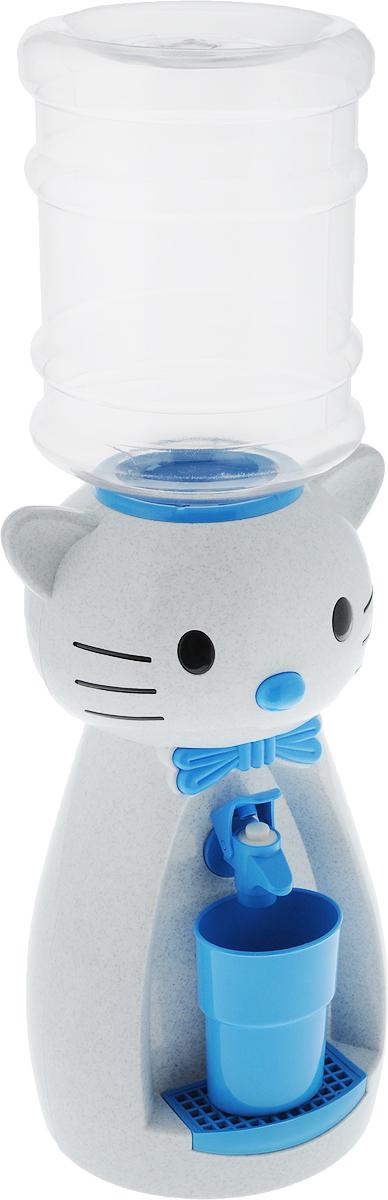 Мини-кулер для воды и сока HITT Мультик. Китти, цвет: мраморный, голубой, 2 лVT-1520(SR)Детский мини-кулер HITT Мультик. Китти выполнен из экологически чистого пластика. Изделие не греет и не охлаждает воду, поэтому вы можете не беспокоиться, что ребенок обожжется или простудит горло. Соки, компоты, отвары трав в этом кулере будут для малыша более привлекательны, чем лимонад и другие вредные для организма напитки. Кроха с удовольствием будет наливать напиток из кулера в небольшой стаканчик совсем как взрослый. Изделие легкое и компактное, поэтому его можно взять с собой на дачу или на пикник. Яркий дизайн, сочные цвета и веселый персонаж сделают такой кулер украшением стола на детском празднике.Ребенок станет потреблять больше жидкости. Вам не придется уговаривать его выпить молоко или компот.Стакан входит в комплект.Высота мини-кулера (с учетом бутылки): 49 см. Размер стаканчика: 6,5 х 5 х 8,5 см. Высота бутылки: 18 см.