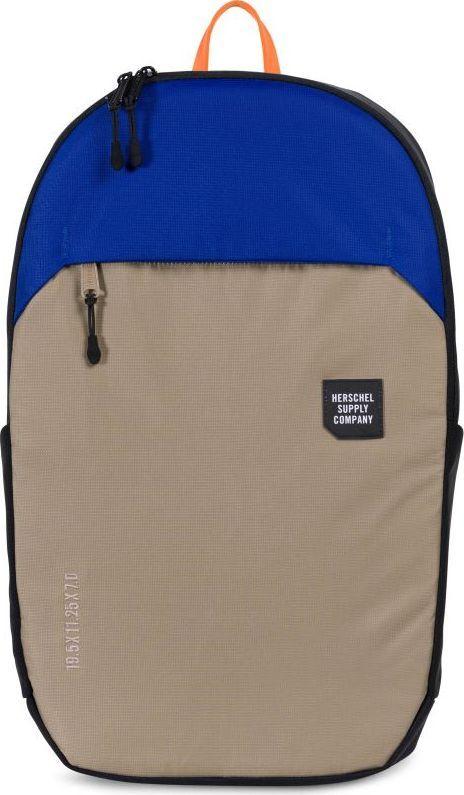 Рюкзак городской Herschel Mammoth Large, цвет: бежевый, синий, черный, 25 л. 10322-01628-OS332515-2800Городской рюкзак Mammoth Large от Herschel минималистичный и стильный, имеет объем 25литрови массу дополнительных плюсов, которые позволяют назвать его практически идеальной городской моделью. Судите сами: прочный нейлон с усиленным основанием изCORDURA, влагозащита 1.500 мм, защищенный карман для ноутбука, неопреновый чехол для ключей с карабином, карманы для бутылок, защитный чехолRipstopна случай дождя, контурные лямки и светоотражающие детали. Эргономичный дизайн.