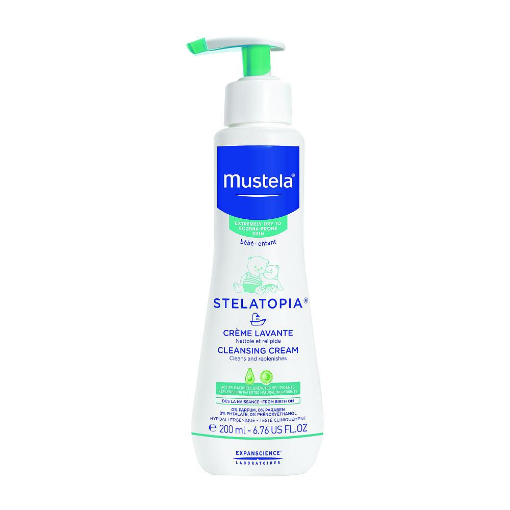 MUSTELA DERMO-PEDIATRICS Крем для купания Stelatopia, 200 млМ222/954Крем для мытья новорожденных, младенцев и детей Mustela Stelatopia подходит для ежедневного очищения волос и очень сухой кожи лица и тела детей.Разработан для минимизации риска аллергических реакций. Защищает и смягчает кожу при помощи компонентов с высоким содержанием жировых веществ, препятствующих высыханию кожи. Sunflower Oleo Distillate стимулирует биосинтез липидов, необходимых для обеспечения целостности и непроницаемости межклеточной ткани (процесс активного восполнения липидов). Успокаивает раздраженные участки кожи, уменьшает чувство стянутости.