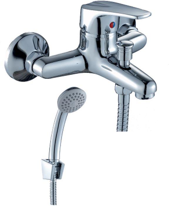 Смеситель Rossinka, для ванны. D40-31D40-31D40-31. Смеситель для ванны с монолитным изливом.Комплектация:• пластиковый аэратор с функцией легкой очистки• керамический картридж 40 мм• кнопочный переключатель• аксессуары в комплекте (шланг 1,5 м, настенное крепление, 1-функциональная лейка с функцией легкой очистки)• присоединительная группа (эксцентрики с отражателями) для вертикального крепления• металлическая рукояткаСмесители Rossinka были разработаны российским институтом «НИИ Сантехники», что позволило произвести продукт, максимально подходящий под условия эксплуатации в нашей стране (жесткая вода, частые перепады температуры и напора воды).«НИИ Сантехники» рекомендует установку смесителей Rossinka в жилых помещениях, в детских, лечебно-профилактических, дошкольных и школьных учреждениях.Наличие международного сертификата ISO 9001 гарантирует стабильность качества выпускаемой продукции.Сервисная сеть насчитывает 90 гарантийных мастерских по России и странам СНГ.Плановый срок службы смесителей 30 лет.Гарантия на смесители 7 лет.