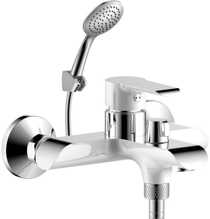Смеситель Rossinka, для ванны. W35-31W35-31W35-31. Смеситель для ванны с монолитным изливом.Комплектация:• пластиковый аэратор с изменяемым углом подачи воды• керамический картридж 35 мм• переключатель с керамическими пластинами• аксессуары в комплекте (шланг 1,5 м, 1-функциональная лейка с функцией легкой очистки, 3-х позиционный держатель для лейки)• присоединительная группа (эксцентрики с отражателями) для вертикального крепления• металлическая рукояткаСмесители Rossinka были разработаны российским институтом «НИИ Сантехники», что позволило произвести продукт, максимально подходящий под условия эксплуатации в нашей стране (жесткая вода, частые перепады температуры и напора воды).«НИИ Сантехники» рекомендует установку смесителей Rossinka в жилых помещениях, в детских, лечебно-профилактических, дошкольных и школьных учреждениях.Наличие международного сертификата ISO 9001 гарантирует стабильность качества выпускаемой продукции.Сервисная сеть насчитывает 90 гарантийных мастерских по России и странам СНГ.Плановый срок службы смесителей 30 лет.Гарантия на смесители 7 лет.