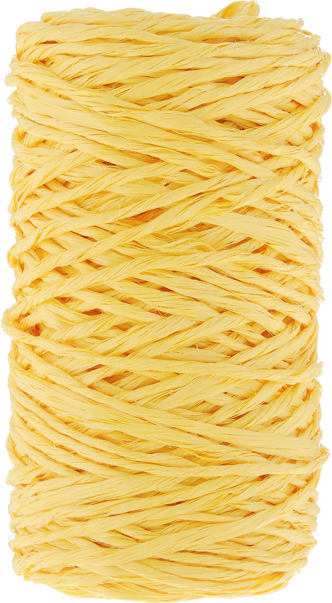 Шпагат Шнурком, цвет: желтый, длина 60 мШпп_60_желтыйПолипропиленовый шпагат Шнурком плотностью 1000 текс входит в категорию веревочной продукции, сырьем для которой являются синтетические волокна, в частности полипропиленовая нить. Данный материал характеризуется высокой прочностью и стойкостью к износу. Кроме того, он эластичен, гибок, не боится многократных изгибов, плотно облегает изделие при обвязке и легко завязывается в крепкие узлы. Относительная удельная плотность полипропиленовых шпагатов варьируется от 0,70 до 0,91 кг/м3. Температура плавления от 150 до 170°C (в зависимости от вида и модели шпагата). Удлинение под предельной нагрузкой (18-20%).Длина шпагата: 60 м. Толщина нити: 2 мм. Линейная плотность шпагата: 1000 текс.