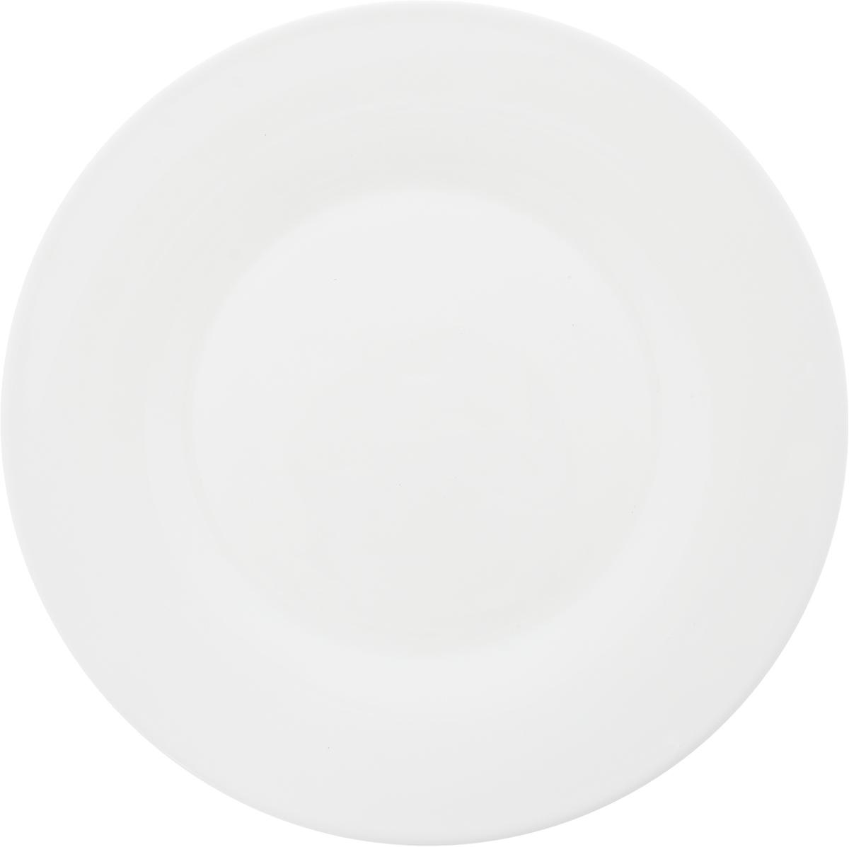 Тарелка обеденная Luminarc Alizee, диаметр 28 смL2582Обеденная тарелка Luminarc Alizee, изготовленная из высококачественного стекла, имеет изысканный внешний вид. Такая тарелка прекрасно подходит как для торжественных случаев, так и для повседневного использования. Она прекрасно оформит стол и станет отличным дополнением к вашей коллекции кухонной посуды.Диаметр тарелки: 28 см.Высота тарелки: 2 см.