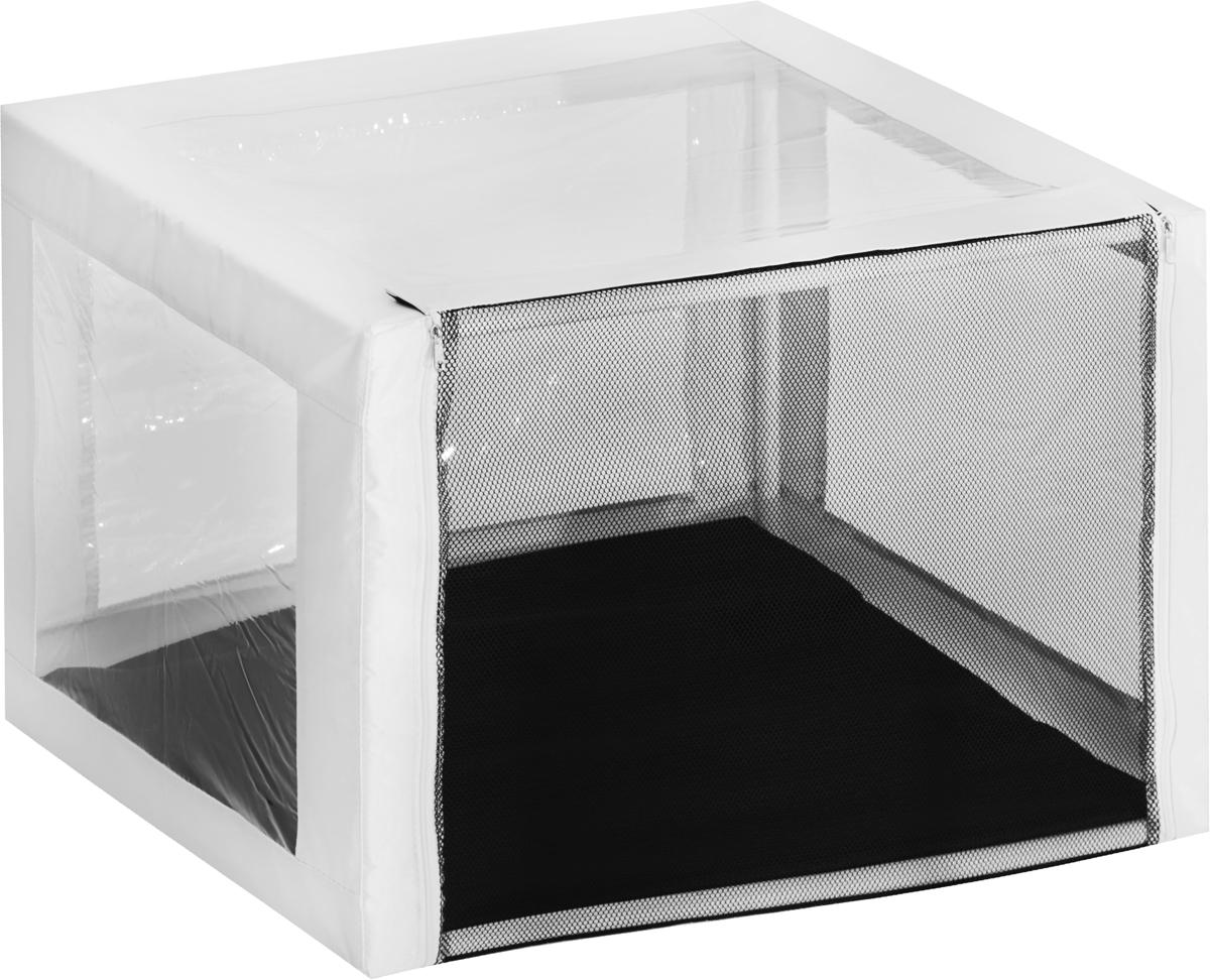Клетка выставочная для животных Заря-Плюс Аквариум, с чехлом, цвет: белый, черный, 76 х 56 х 56 смКВР1АбВыставочная клетка Заря-Плюс Аквариум - это отличный выбор для участия на любой российской или международной кошачьей выставке. Она продумана до мельчайших деталей:- 4 стороны клетки выполнены из прозрачной пленки (лицевая, боковые и верхняя часть), благодаря этому вы сможете представить своих питомцев на выставке в максимально выгодном свете, а зрители смогут рассмотреть ваших питомцев со всех сторон и даже сверху;- угловые детали намеренно выполнены из прочной ткани (а не из пленки) для того, чтобы клетка служила долго;- обратная сторона клетки выполнена из сетки, которая пристегивается с помощью молнии; - основание клетки выполнено из прочной, высококачественной, водонепроницаемой ткани; - клетка разборная. В комплект входит сборный каркас из пластиковых труб вместе с соединительными уголками, который собирается просто и быстро;- в сложенном виде клетка довольно компактна, при хранении занимает мало места; - клетка переносится в чехле, который входит в комплект; - для удобной переноски чехол имеет короткую и длинную ручки, также на чехле имеется 2 больших кармана на молнии; - в комплект входит матрац со съемным чехлом на молнии. При необходимости матрац легко снимается для стирки. Данная модель клетки имеет очень прочную и жесткую конструкцию, так как собирается с помощью трубок. Поэтому во время выставки вы можете сажать кошку сверху на клетку.