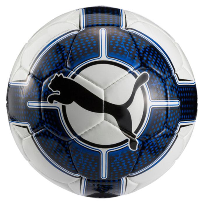 Мяч футбольный Puma Evopower 5.3 Trainer Hs, цвет: белый, синий. 08256236. Размер 508256236Футбольный мяч для тренировок с оптимальным сочетанием цена-качество для мяча, чьи панели сшиты вручную. Он изготовлен из 32 панелей с одинаковой площадью поверхности для уменьшения нагрузки на швы и придания ему идеально круглой формы. Панели имеют многослойную тканевую подложку для большей стабильности, износостойкости и улучшения аэродинамики.Латексная камера в сочетании с клапаном PUMA AIR LOCK препятствуют утечке воздуха. На данный мяч предоставляется гарантия сохранения формы в течение года.