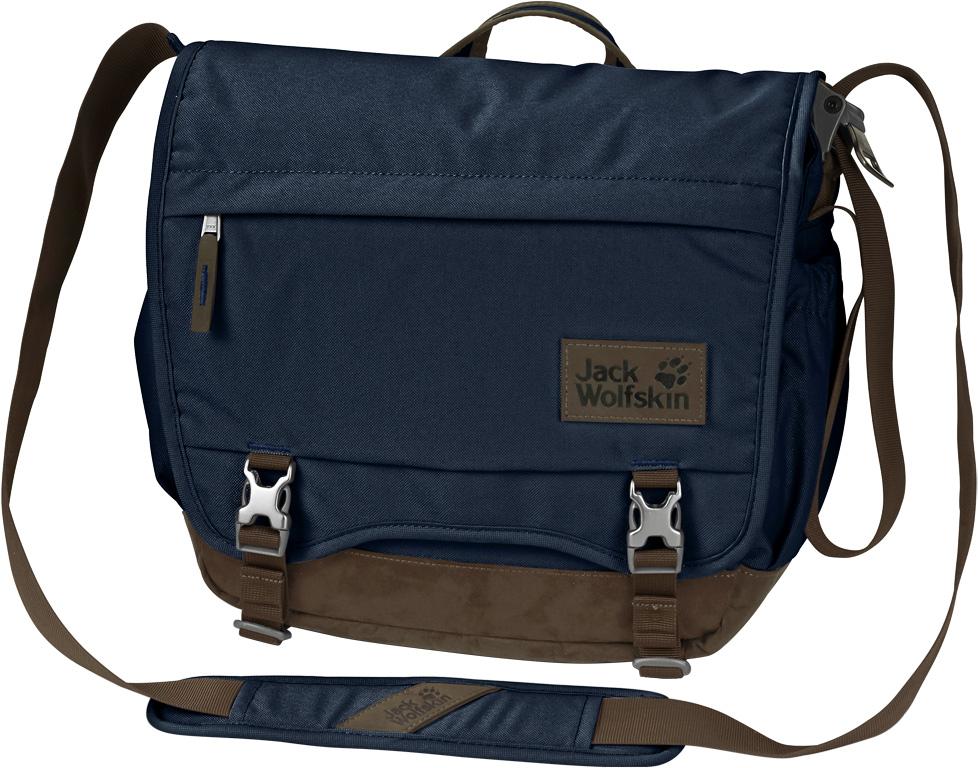 """Сумка на плечо Jack Wolfskin Camden Town, цвет: темно-синий, 16 л. 2003312-10102003312-1010Сумка через плечо из прочной ткани из переработанных материалов. Отлично подходящая как для путешествий, так и для ежедневного использования, сумка через плечо Camden Town (Кэмден Таун) с удовольствием станет вашей спутницей и по дороге на работу, и в кругосветном путешествии. В основное отделение на молнии вмещаются не только ежедневные мелочи, но и планшет (10""""). Отделение для планшета оснащено мягкой защитой. А под передним клапаном есть дополнительное место для хранения.Сумка через плечо Camden Town (Кэмден Таун) разработана в рамках серии Seven Dials (Сэвэн Дайэлз). Износостойкая ткань из переработанных материалов и отделка из искусственной замши придают рюкзакам и сумкам этой серии их фирменный облик."""