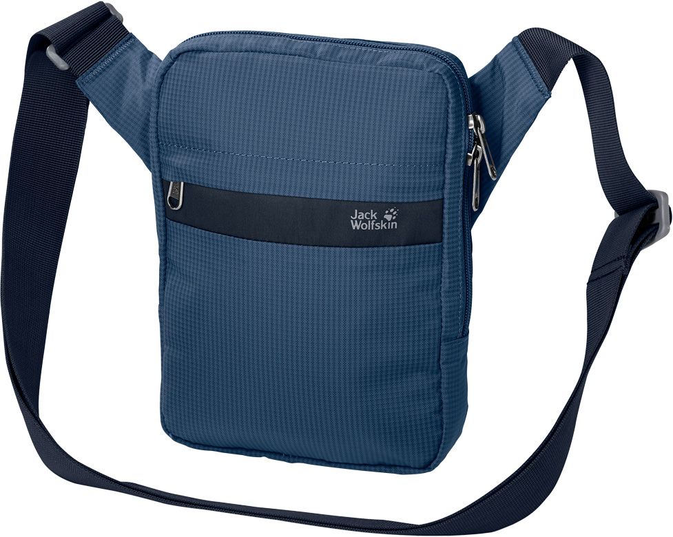 Сумка на плечо Jack Wolfskin Purser, цвет: синий, 1 л. 8002271-15888002271-1588Плоская сумка через плечо с несколькими отделениями. В автобусе, у стойки регистрации аэропорта или на экскурсии, держите ваши документы при себе в сумке модели Purser (Персер). Основное отделение предназначено для безопасного хранения необходимых вещей, от паспорта и посадочного талона до мобильного телефона и ключей. Шесть отделений, включая наружное отделение на молнии, позволяют аккуратно разместить все ваши вещи. Ремень через плечо легко регулируется на нужную длину.